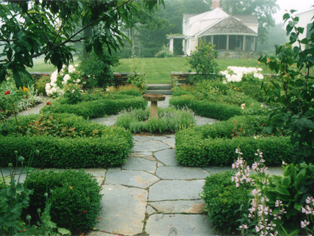 Horticulture pearleandpiercehome for Formal garden